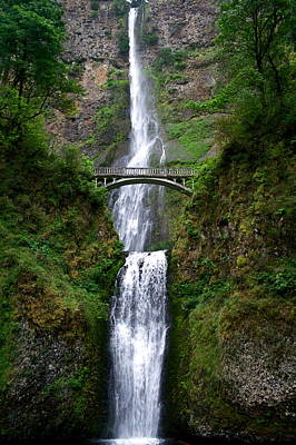 Photograph - Multnomah Falls by Todd Kreuter