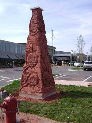 Sculpture - Mum Obelisk by Don Thibodeaux
