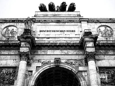 Photograph - Munich Victory Gate by John Rizzuto