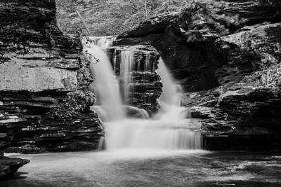 Photograph - Murray Reynolds Falls - 8557 by G L Sarti