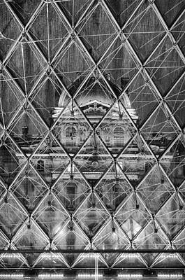 Photograph - Musee Du Louvre 2 by Pablo Lopez