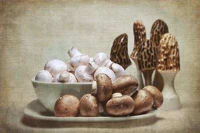 Wooden Bowls Photograph - Mushrooms And Carvings by Tom Mc Nemar