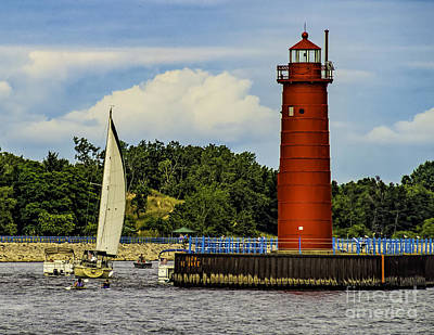 Muskegon Lighthouse Wall Art - Photograph - Muskegon North Pier Light by Nick Zelinsky