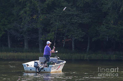 Photograph - Muskie Hunter by Kevin McCarthy