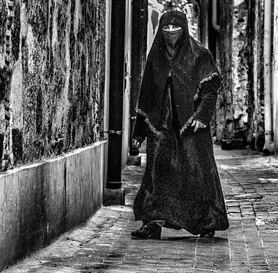 Photograph - Muslim Women In Palermo by Patrick Boening