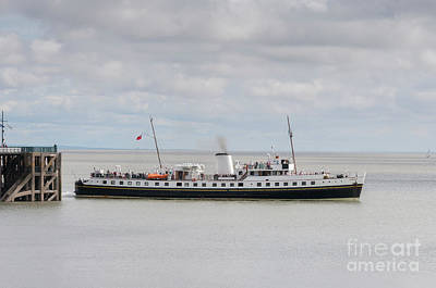 Photograph - Mv Balmoral Leaves Penarth Pier by Steve Purnell
