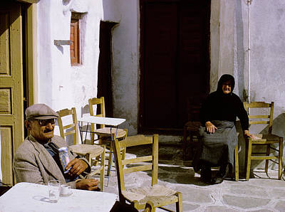 Photograph - Mykonos Cafe by John Farley