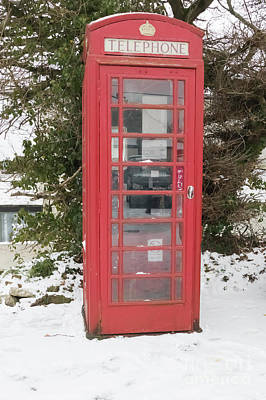Photograph - Mylor Bridge Telephone Box In The Snow by Terri Waters