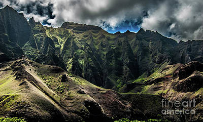 Photograph - Na Pali Coast Cathedral Peaks #10 by Blake Webster