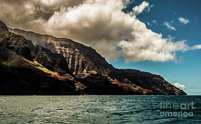 Photograph - Na Pali Coast Cathedral Peaks #14 by Blake Webster