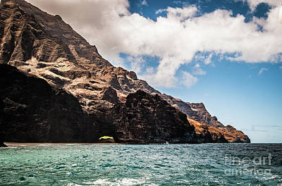 Photograph - Na Pali Coast Cathedral Peaks #7 by Blake Webster