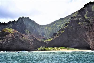 Photograph - Na Pali Cost by Lisa Dunn