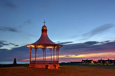 Photograph - Nairn Bandstand And The Fishertown by Veli Bariskan