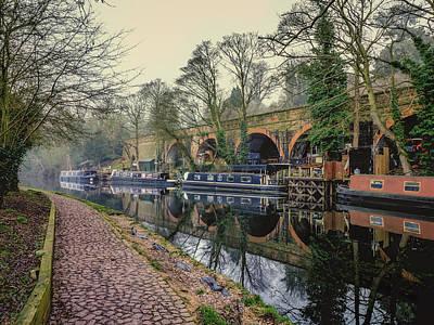 Keith Richards - Narrow Boats at the Arches by Iain Merchant