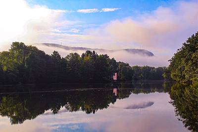 Photograph - Nashawannuck Pond, Easthampton, Ma by Sven Kielhorn