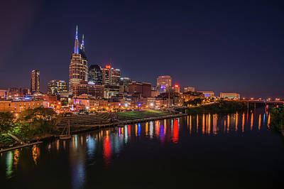 Nashville Tennessee Photograph - Nashville Skyline At Night by Jim Pearson