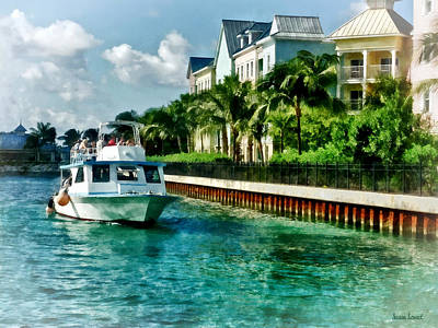 Turquoise Photograph - Bahamas - Ferry To Paradise Island by Susan Savad