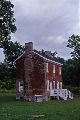 Natchez Trace Gordon House - 3 Art Print by Randy Muir