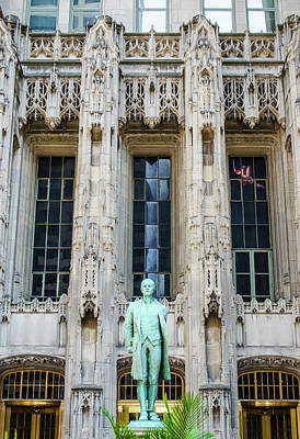 Photograph - Nathan Hale Statue Chicago Tribune Building by Deborah Smolinske
