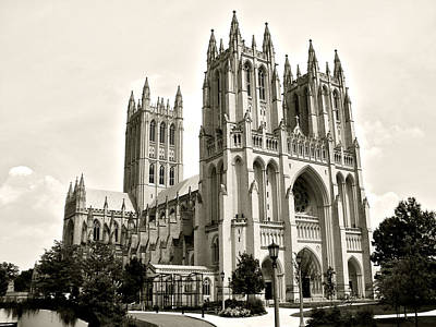 Photograph - National Cathedral In Washington Dc by Ronda Broatch