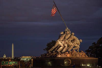Usmc Photograph - National Memorials by Tom Weisbrook