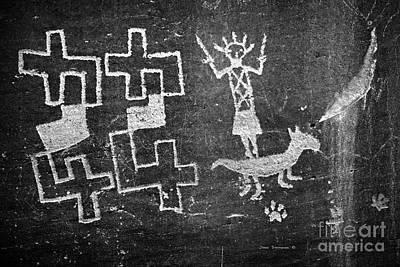 Photograph - Native American Petroglyph On Sandstone B W by John Stephens