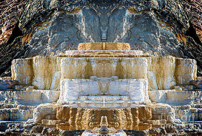Photograph - The Throne by Robert Pearson