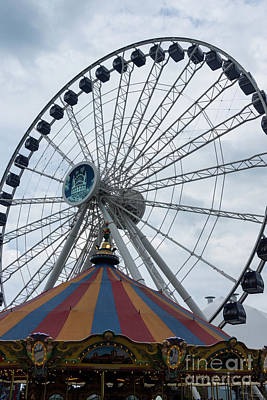 Photograph - Navy Pier Ferris Wheel by Jennifer White
