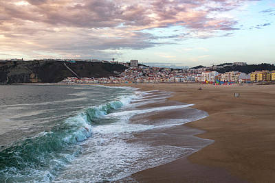 Photograph - Nazare by Edgar Laureano