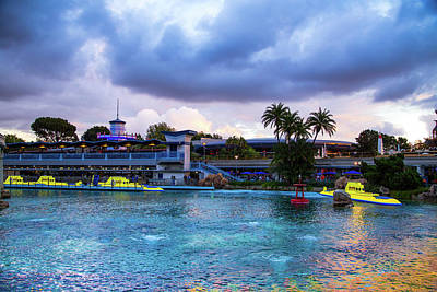 Finding Happiness Photograph - Nemo Lagoon by Bar Avni