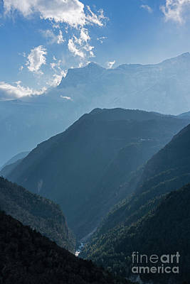 Everest Wall Art - Photograph - Nepal Road To Namche Sunray Layers by Mike Reid