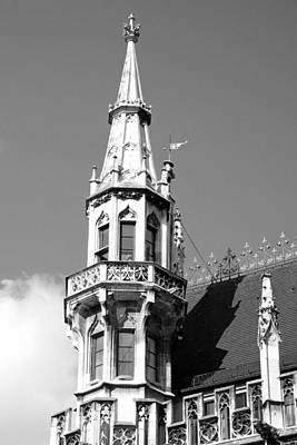 Photograph - Neues Rathaus Study 5 by Robert Meyers-Lussier