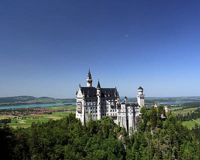 Photograph - Neuschwanstein Castle by John Bushnell