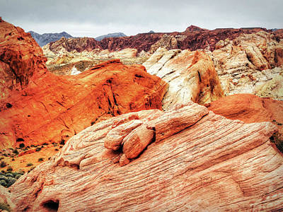 Photograph - Walking In The Valley Of Fire - 6 by Leslie Montgomery