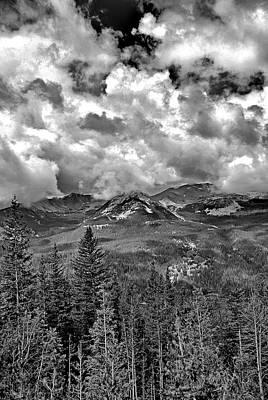 Photograph - Never Summer Mountains by Robert Meyers-Lussier