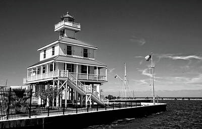 Photograph - New Canal Lighthouse Black And White by Judy Vincent