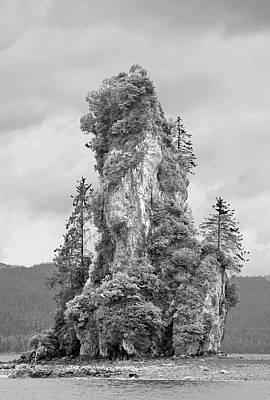Photograph - New Eddystone Rock by Peter J Sucy