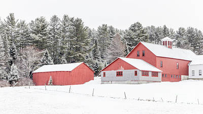 New England Farm With Red Barns In Winter Art Print by Edward Fielding