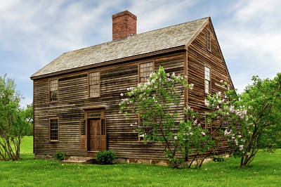 Photograph - New England Style Saltbox House  -  1773newenglandsaltboxhouse185333 by Frank J Benz