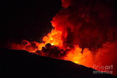 Volcano Digital Art - New Eruption Of Etna-2013 by Caio Caldas