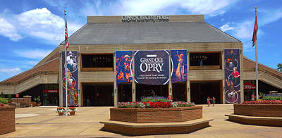 Photograph - New Grand Ole Opry House by C H Apperson