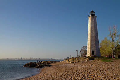 Photograph - New Haven Lighthouse by David Freuthal