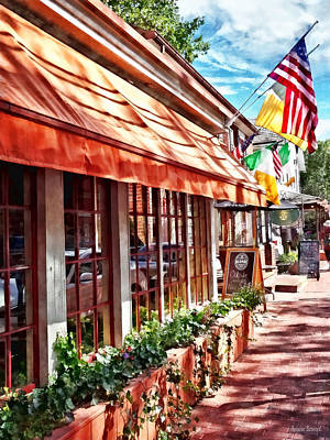 Photograph - New Hope Pa - Outdoor Seating Now Open by Susan Savad