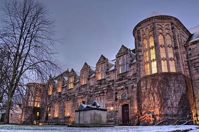 Photograph - New King's Building - University Of Aberdeen by Veli Bariskan