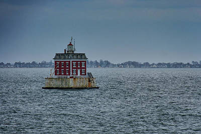 Photograph - New London Ledge Lighthouse by Rick Berk