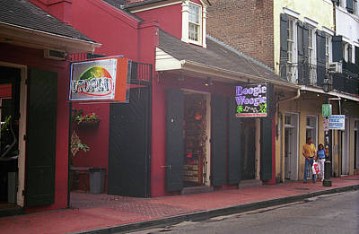 Photograph - New Orleans Bourbon Street 41 by Frank Romeo