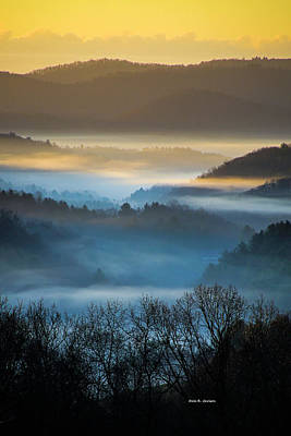 Photograph - New River Fog by Dale R Carlson