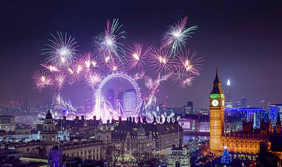 Photograph - New Year Fireworks London by Stewart Marsden