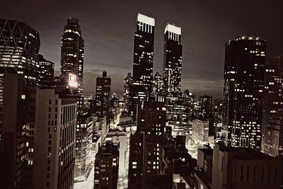 New York After Dark Art Print by Ariane Moshayedi
