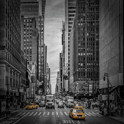 Streetscenes Photograph - New York City 7th Avenue Traffic by Melanie Viola